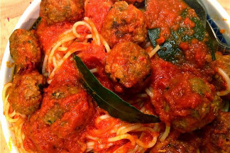 No 'Meat' Balls with a Romano Pepper & Pomegranate Tomato Sauce • Click here to get the recipe